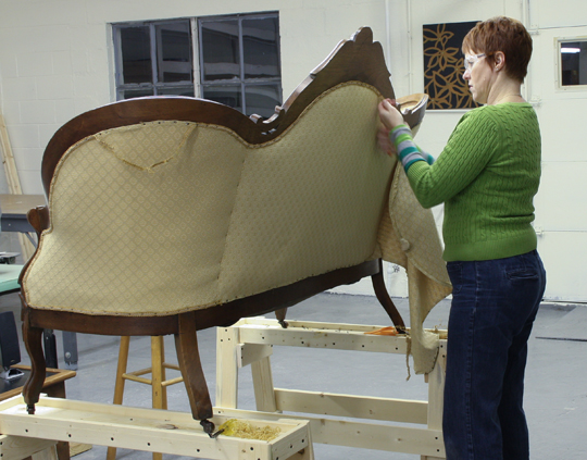 The Reupholstery Of Beth S Antique Settee Modhomeec