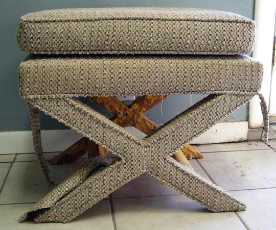 Upholstery Classes At Houston Based L J Industries Modhomeec