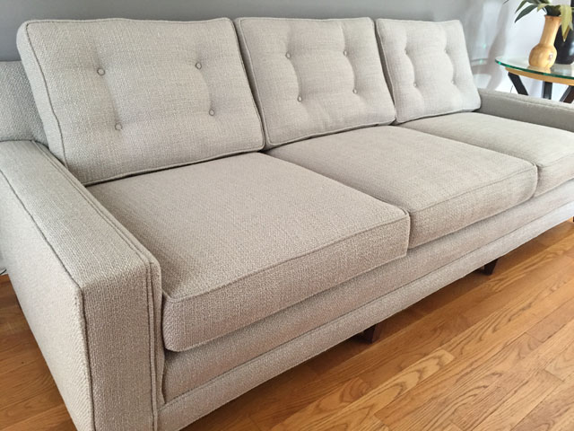 should this furniture be reupholstered modhomeec